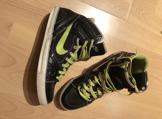 Nike neon zöld csíkos fekete magasszárú sportcipő, Pécs