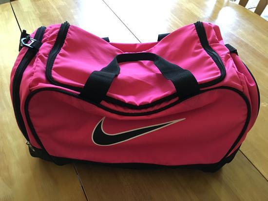 cff087f11b73 LEÁRAZTAM! Nike sport táska, Siófok - gardrobcsere.hu