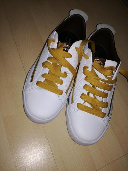 37-es lacoste cipő e8ca3407b5