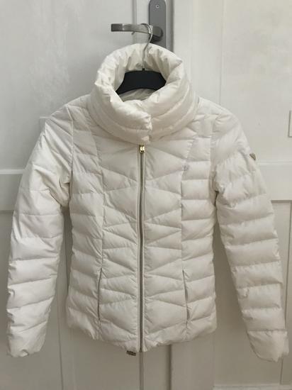 GUESS fehér téli toll kabát f5de606e51