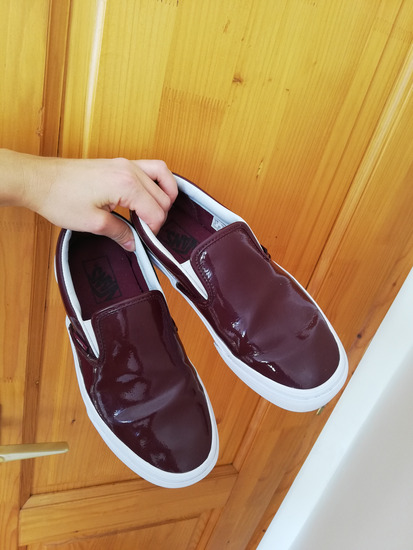 38as VANS bordo lakk slipon, Budapest gardrobcsere.hu