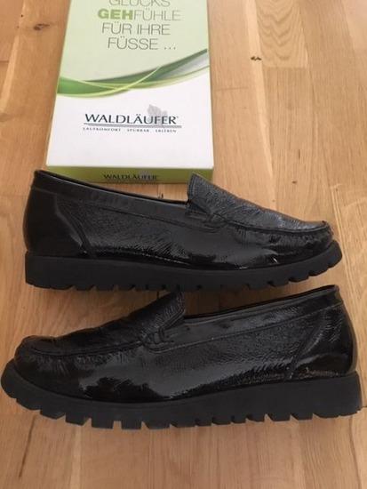Fekete bebújós Adidas cipő, Budapest gardrobcsere.hu