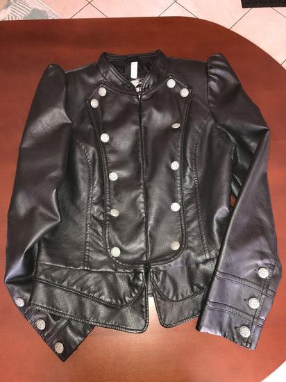 4c32909794 Fekete vagány műbőr kabát 42 L, Mosonmagyaróvár - gardrobcsere.hu