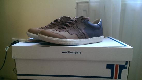 eladó új tisza cipő (37-es) 31f0050fe7