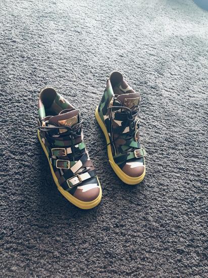 Teljesen új Eredeti Zanotti cipő eladó 6df076f4a8