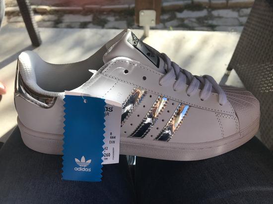 dd8b8207ac Adidas Superstar fehér ezüst , Iregszemcse - gardrobcsere.hu
