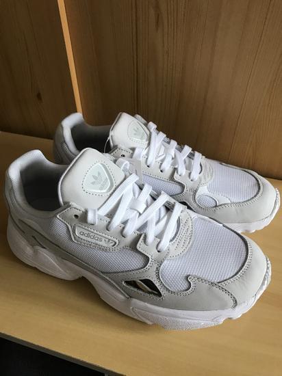 Adidas cipő , Győr gardrobcsere.hu