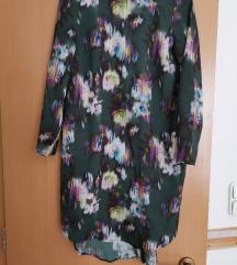Különleges zöld virágos ingruha
