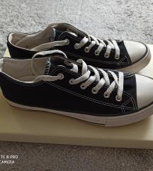 New Yorkeres fekete torna cipő