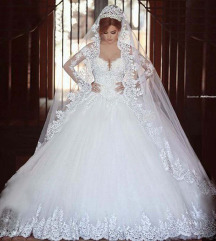 Hercegno menyasszonyi ruha vadonat uj