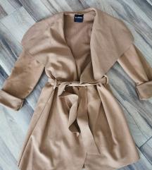 Barna filc kabát