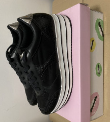 Női cipő vadonatúj
