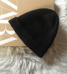 H&M fekete kötött sapka