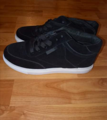 2 pár cipő egyben eladó