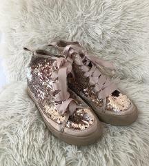 Reserved flitteres cipő