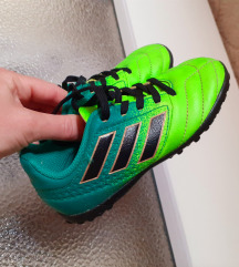 28-as eredeti fiú cipő