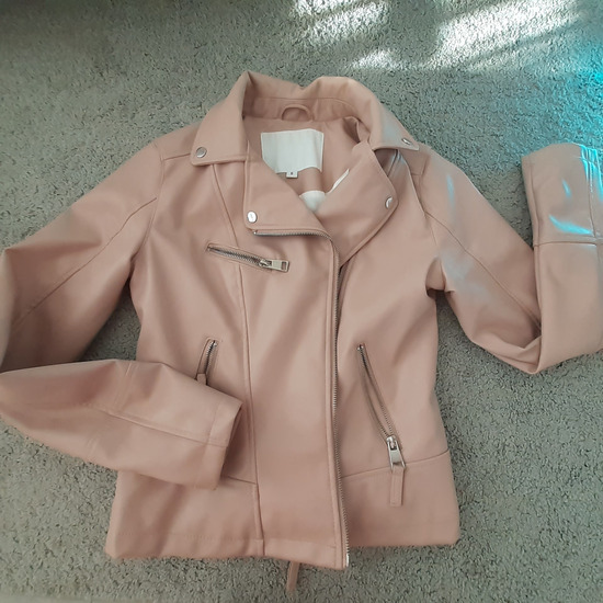 Cropp púderszinű kabát