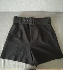 Magasderekú fekete M-es női Zara rövidnadrág