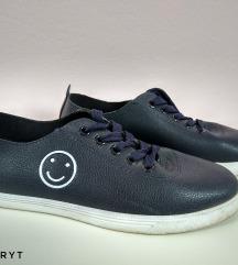 Kék műbőr tornacipő (38)