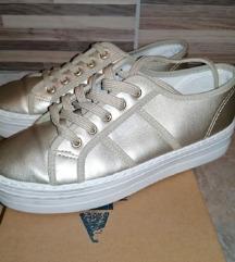 Devergo arany magastalpú cipő