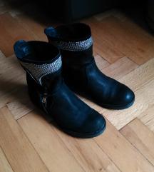 37 bőr cipő