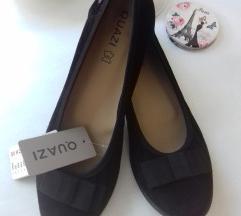 Vadiúj fekete női cipő