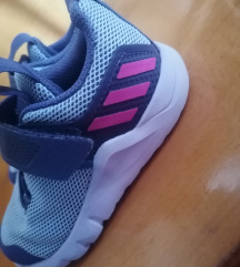 Adidas kislány tépőzáras cipő eladó 24 -s