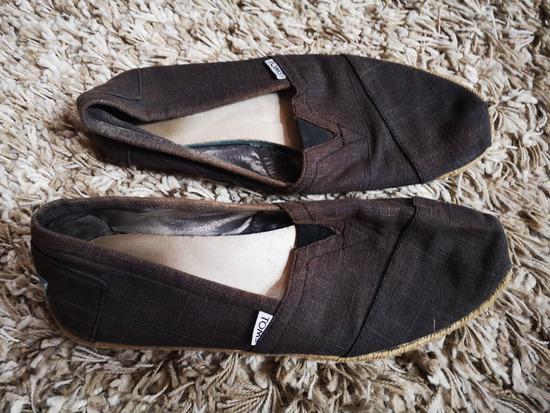 Toms vászon cipő 42-es 3000 Ft