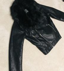 Új My77 szőrmegalléros téli kabát