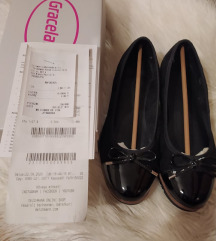 Graceland balerina