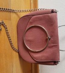 Primark mályva színű táska.