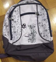 Budmil iskolatáska hátizsák