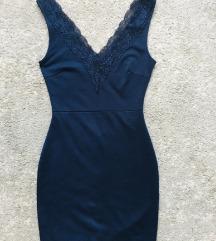 Kék csipkés nyitott hátú (alakformáló) ruha