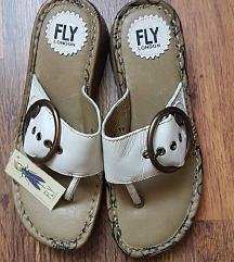Fly London Papucs