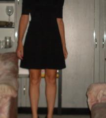 csipkés mintájú fekete, elegáns ruha