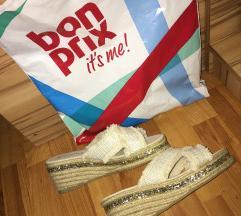 Bon Prix szandál