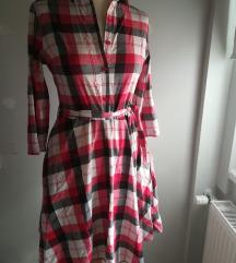 A vonalú ruha