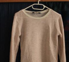 Kötött vékony pulóver