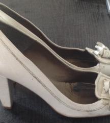 Magassarkú cipő Zara