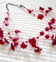 Újszerű piros virágos bogyós különleges nyaklánc ❤