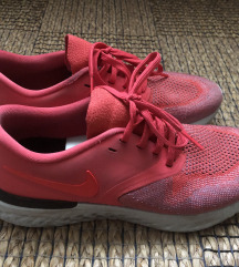 Nike Odyssey React Flyknit 2 futócipő