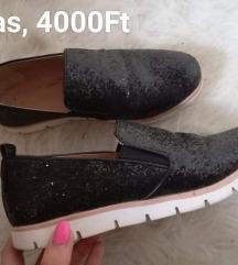 (ÚJ ÁR!!) 38-as fekete csillogós cipő