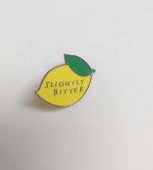 citrom kitűző
