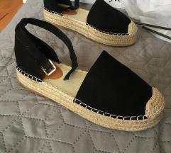 ÚJ szandál nyári cipő 37