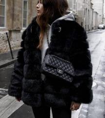Fekete műszőrme kabát