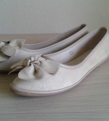 Női cipő 37-es