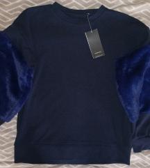 Reserved szőrmés pulcsi