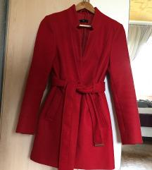 Piros megkötős alkalmi kabát