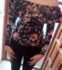 Virágos fodros ruha eladó