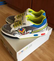 Geox világítós cipő